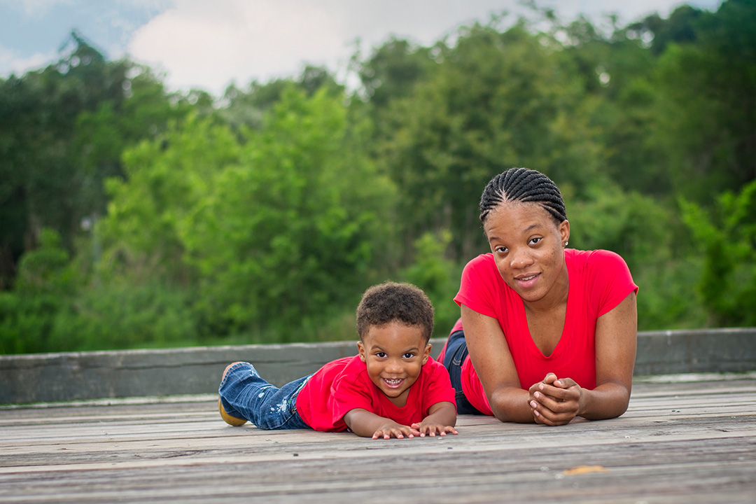 Family portrait at Challenger 7 Park by PVG Portrait Photography